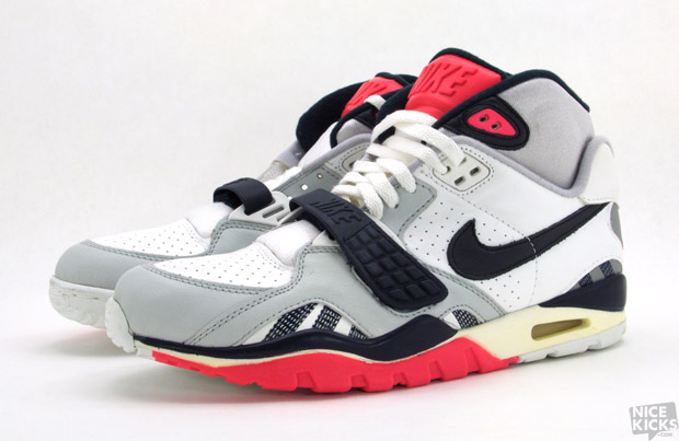 new product 4354a 9092f Throwback Thursday  Nike Air Trainer SC II